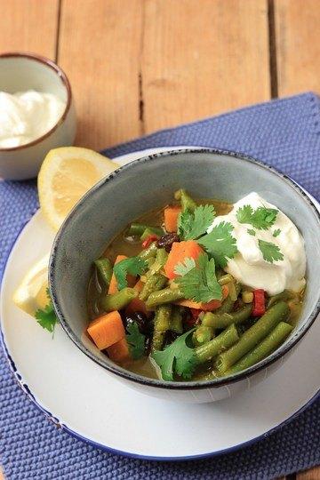 Rezept Süßkartoffel-Bohnen-Curry mit Zitronen-Joghurt