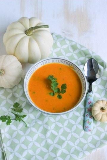 Rezept Süßkartoffel-Karottensuppe mit Curry und Kokosmilch