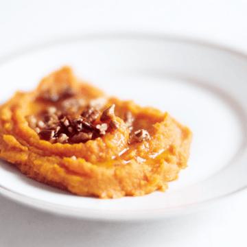Rezept Süßkartoffelpüree mit gebräunter Butter, Ahornsirup und Pekannüssen