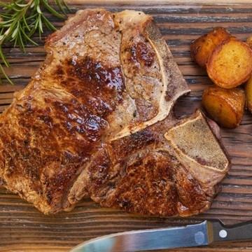 Rezept T-Bone Steak mit Speckbohnen und Bratkartoffeln