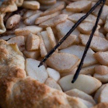 Rezept Tarte rustique aux poires, amandes et chocolat