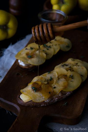 Rezept Tartines mit Brie und karamelisierten Quitten