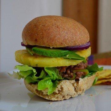 Rezept Teriyaki-Burger mit Ananas im Chilibrötchen