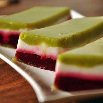 Rezept Terrine von Spargel-Mozzarella-Rote Beete