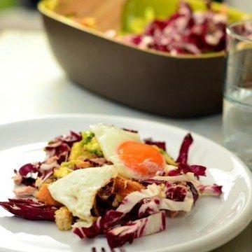 Rezept Thunfisch-Spiegeleier-Salat mit Avocado