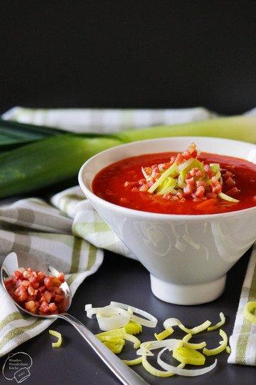 Rezept Tomaten-Lauch-Suppe mit Speck