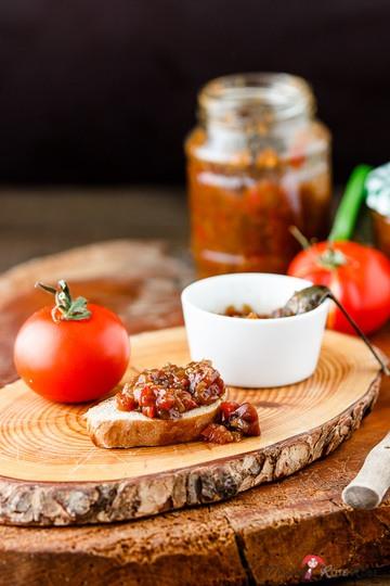Rezept Tomaten-Paprika-Chutney mit roten Pfefferbeeren