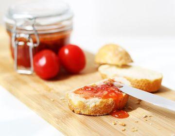 Rezept Tomatenmarmelade mit Amaretto und Pistazien