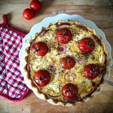 Rezept Tomatenquiche mit Ziegenkäse und Honig