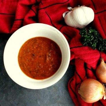 Rezept Tomatensauce mit Rotwein