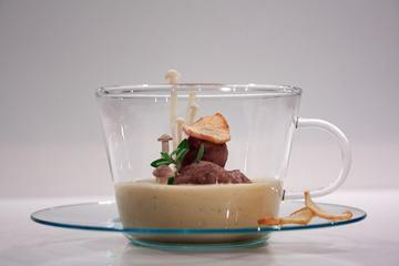 Rezept Topinambur-Süppchen mit Bauernbrot-Nocken