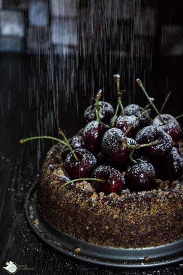 Rezept Torta al cioccolato - Schokokuchen mit Pinienkernen