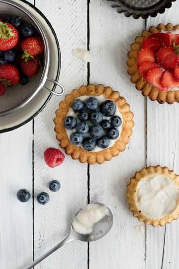 Rezept Torteletts mit Beeren und Vanillepudding