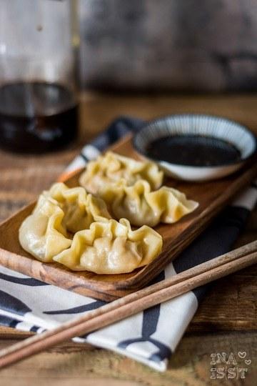 Rezept Traditionelle chinesische Jiaozi - gefüllte Teigtaschen