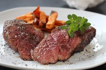 Rezept Tri-Tip Steak mit Süßkartoffelpommes