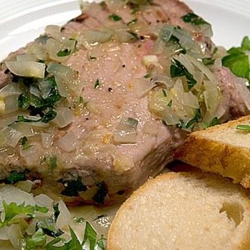 Rezept Tunfischsteaks mit Weißwein-Anchovis-Sauce