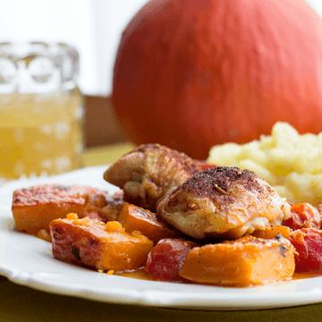 Rezept Überbackenes Hähnchen mit Kürbis & Tomate
