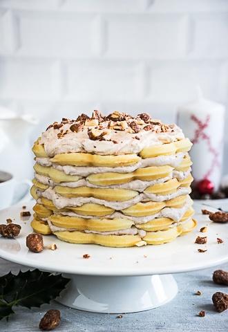 Rezept Vanille Waffel Torte mit gebrannten Mandeln