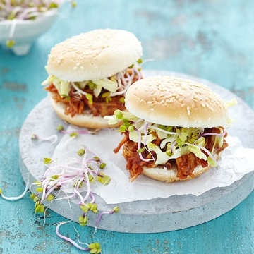 Rezept VEGAN PULLED PORK BBQ BURGER - JACKFRUIT