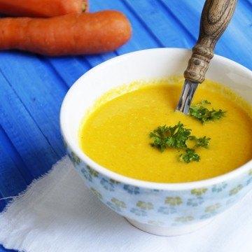 Rezept Vegane Möhren-Ingwer Suppe mit Kokosmilch