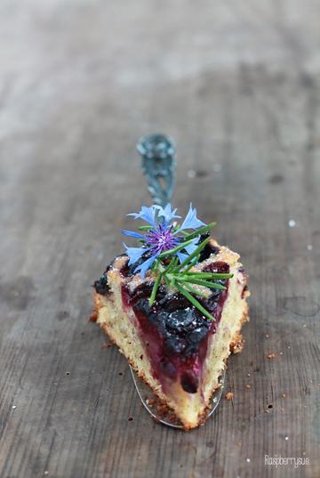 Rezept Veganer Olivenölkuchen mit Blaubeeren
