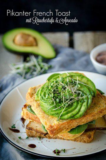Rezept Veganer, pikanter French Toast mit Avocado und Räuchertofu