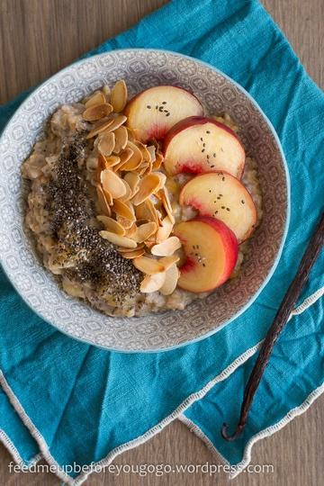Rezept Veganes Pfirsich-Mandel-Porridge
