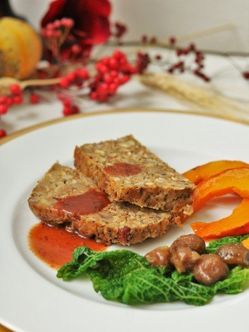 Rezept Vegetarischer Nussbraten mit glasierten Maronen