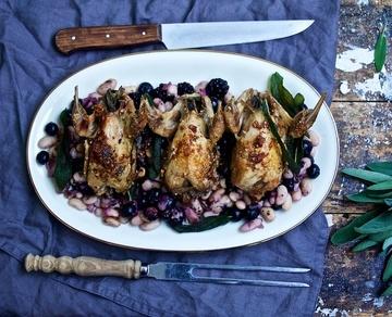 Rezept Wachteln auf lauwarmen Bohnen-Beeren-Salat