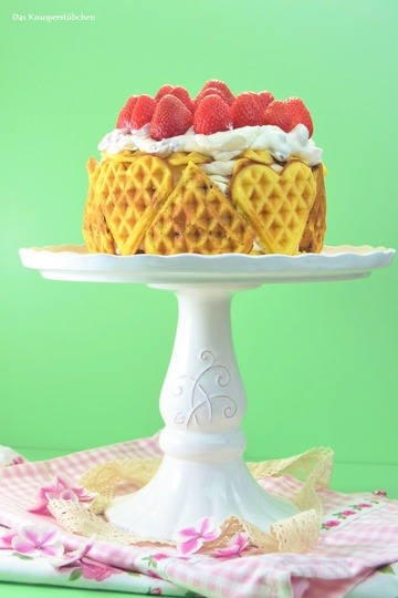 Rezept Waffeltorte mit Erdbeeren