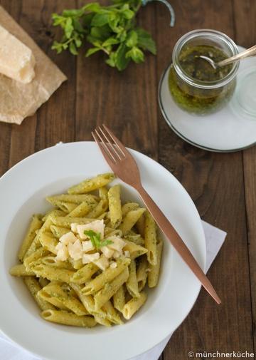 Rezept Walnusspesto mit Minze und Basilikum