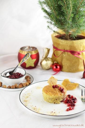 Rezept Warmes Haselnussküchlein mit Nougatkern und Granatapfel