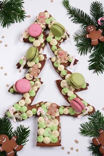 Rezept Weihnachtlicher Lebkuchen-Tannenbaum Cake nach Letter Cake-Art