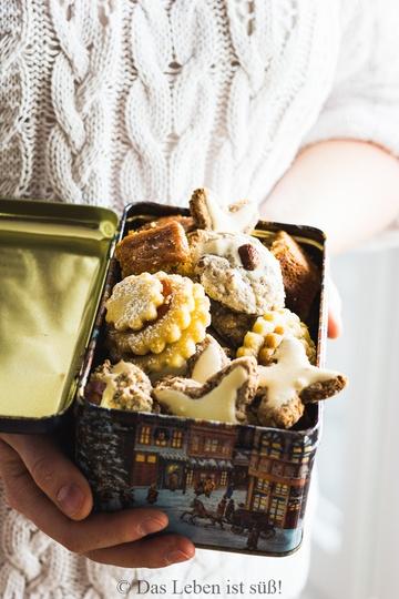 Rezept Weihnachtsplätzchen (Honiglebkuchen, Zimtsterne, Spitzbuben und Haselnussmakronen)
