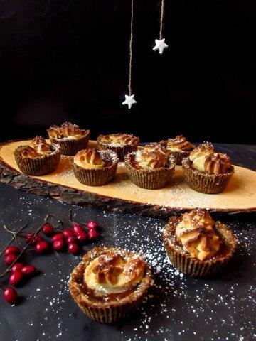 Rezept Weihnachtstörtchen mit Marzipan und Sanddorn (vegan und glutenfrei)
