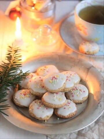 Rezept Weiße Pfeffernüsse mit Zuckerguss