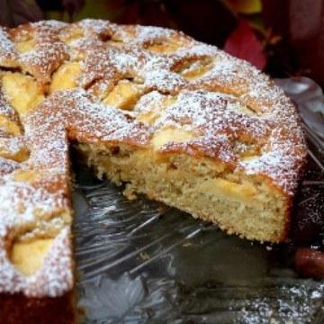Rezept Weißer Schokoladenkuchen mit Äpfeln und Kardamon