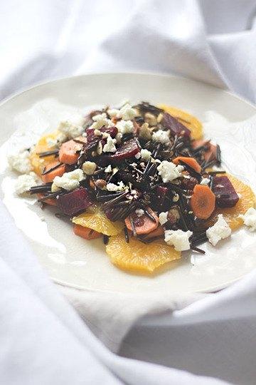 Rezept Wildreis-Salat mit Orangen, Roter Bete und Haselnüssen