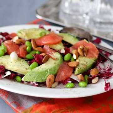 Rezept Wintersalat mit Radicchio, Grapefruit und Mandeln