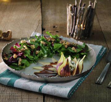 Rezept Wintersalat mit Schokoladendressing, Birne, Feige und Nüssen