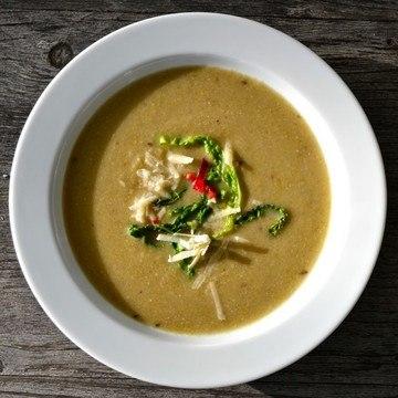 Rezept Wirsingsuppe mit Parmesan