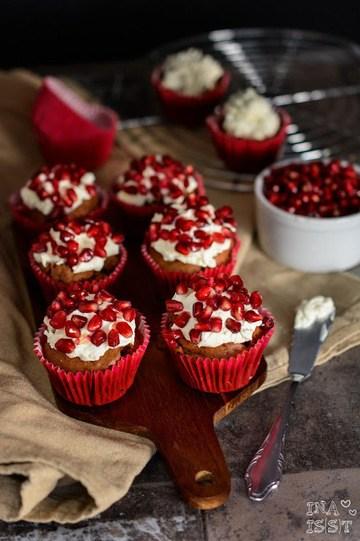 Rezept Würzige Schoko-Muffins mit Granatapfel-Topping
