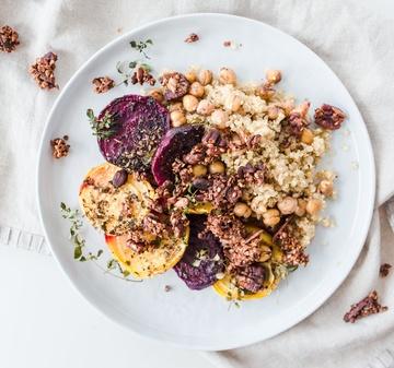 Rezept Za'atar Randen mit Quinoa und pikantem Granola