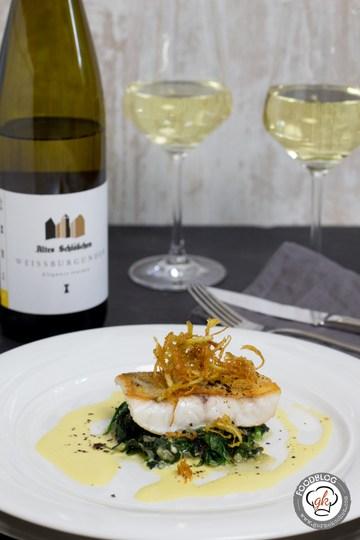 Rezept Zander, Spinat und Weißwein-Hollandaise mit Cumeo Pfeffer