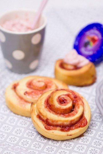Rezept Zimt-Hefeschnecken mit Marmelade