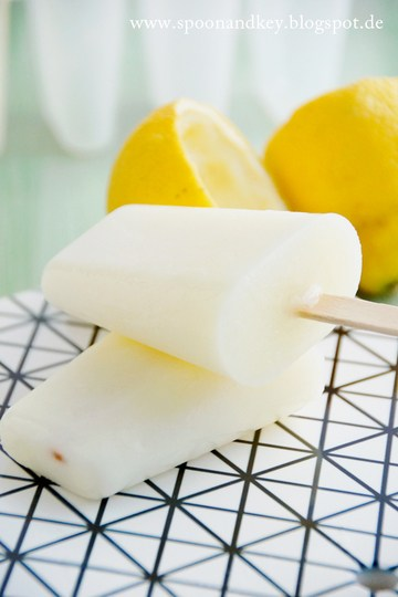 Rezept Zitronen-Buttermilch Popsicles