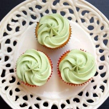 Rezept Zitronen - Himbeer Cupcake mit Pfefferminzcreme