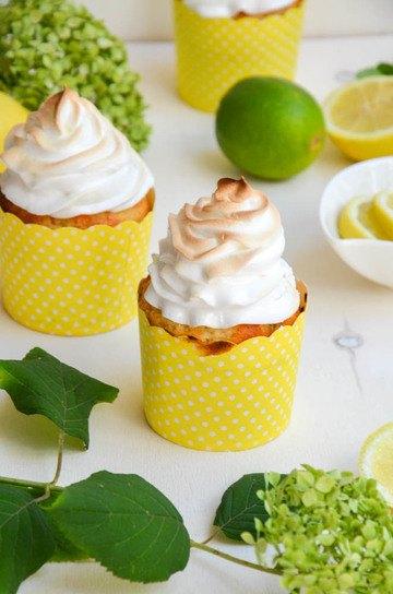 Rezept Zitronen-Muffins mit Baiserhaube