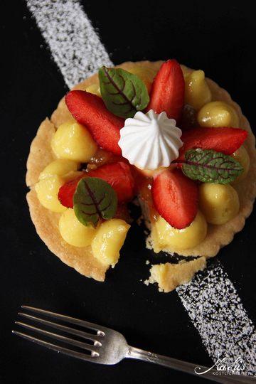 Rezept Zitronencreme auf Shortbread mit Erdbeeren