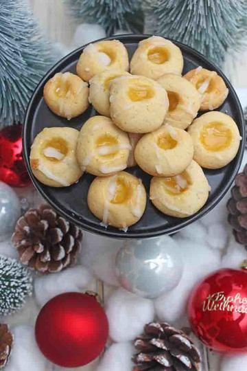 Rezept Zitronenküsse mit Lemon Curd – Einfaches und leichtes Weihnachtsplätzchen Rezept